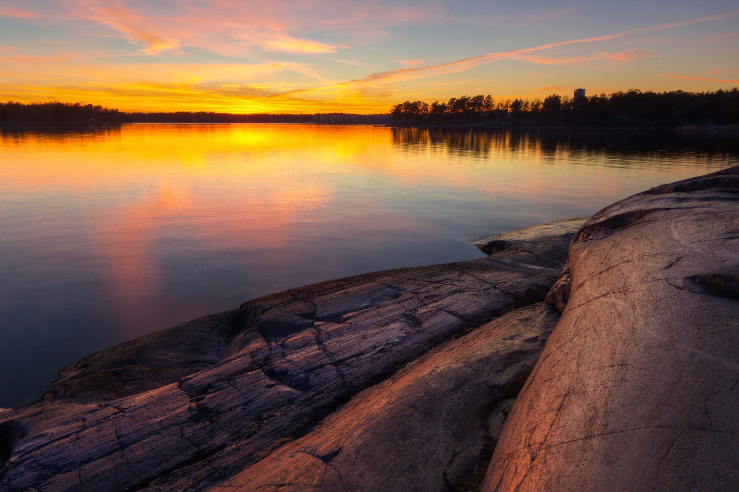 Helsingin rannikkoalue, aurinko laskee