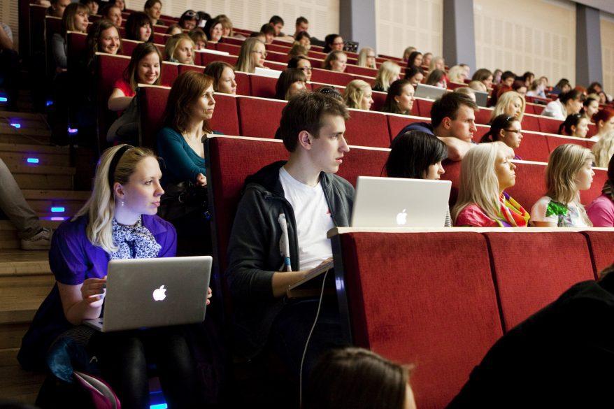 Kuvassa Tallinnan yliopiston luentosali