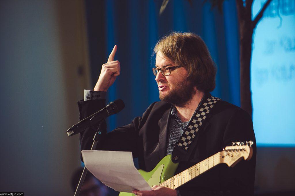 Jan Kaus HeadRead-festivaalilla. Kuva Dmitri Kotjuh